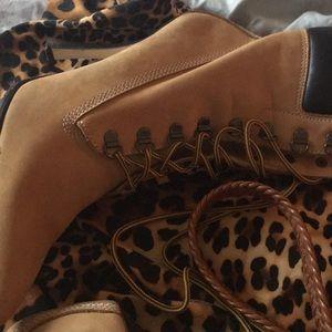Steve madden boots construction heels size 9 new